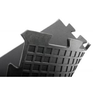 Černá gumová fitness koncová modulární podlaha Sport Tile - délka 61 cm, šířka 61 cm a výška 1 cm