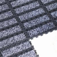 Černá plastová čistící vnitřní vstupní rohož