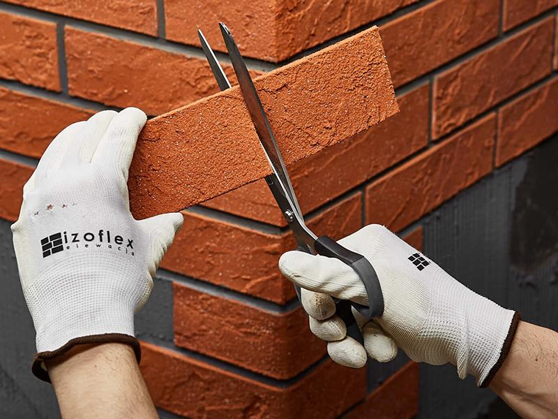 obkládání rohu cihelnými pásky Izoflex