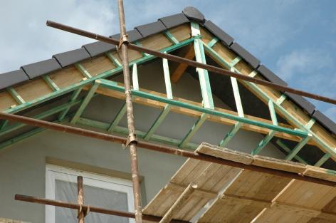 Podbití střechy - příprava konstrukce